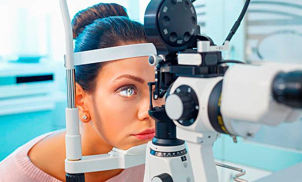 врач офтальмолог Великий Новгород